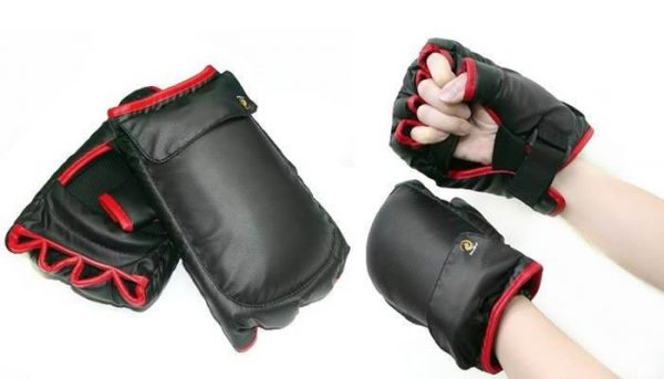 Boxing-Sport-Game-Glove-for-Nintendo-Wii-Remote-Nunchuk-Controller.jpg